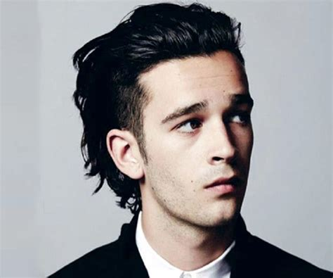 Matthew Healy - Facts, Childhood, Family & Achievements of