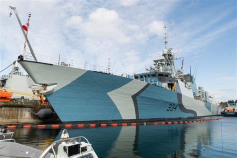 """Royal Canadian Navy getting some new """"dazzle"""" camo"""