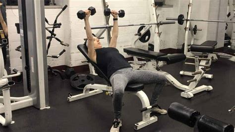 How to Incline Dumbbell Press Correctly and Safely - The